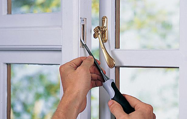 How To Fix Stuck Windows and Doors  in Minutes